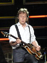 Paul_McCartney_live_in_Dublin